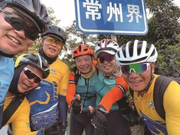"""启东7名车友庆""""国庆""""骑行660公里"""